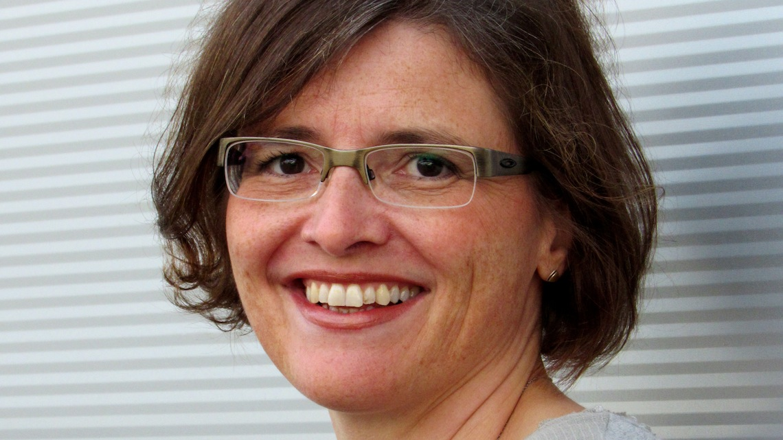 Helga Arndt